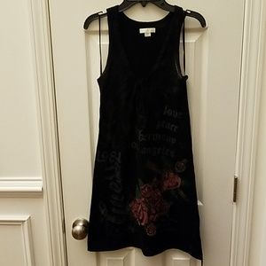 Guess black tunic w/ rose/heart distressing